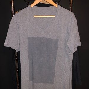 Lululemon 5 Year V-Neck